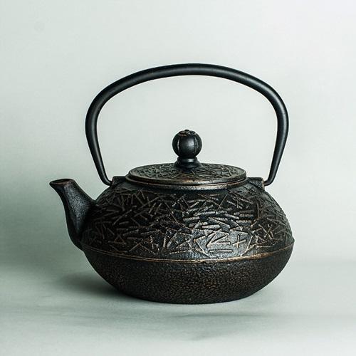 鐵壺-無塗層生鐵古風圖紋茶壺6款74aj31[時尚巴黎]