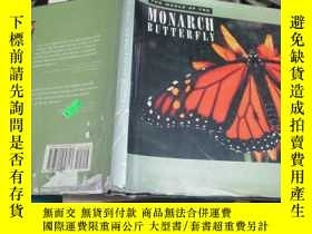 二手書博民逛書店THE罕見WORLD OF THE MONARCH BUTTER