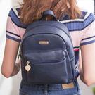簡約可愛的小巧後背包實用性滿分絕對是女孩外出必備單品之一讓妳輕鬆展現出玩美時尚妳一定要擁有~