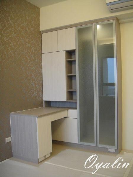 【歐雅系統家具】書櫃+化妝桌也可當書桌