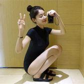 韓版黑色泳衣女連體保守溫泉短袖游泳衣