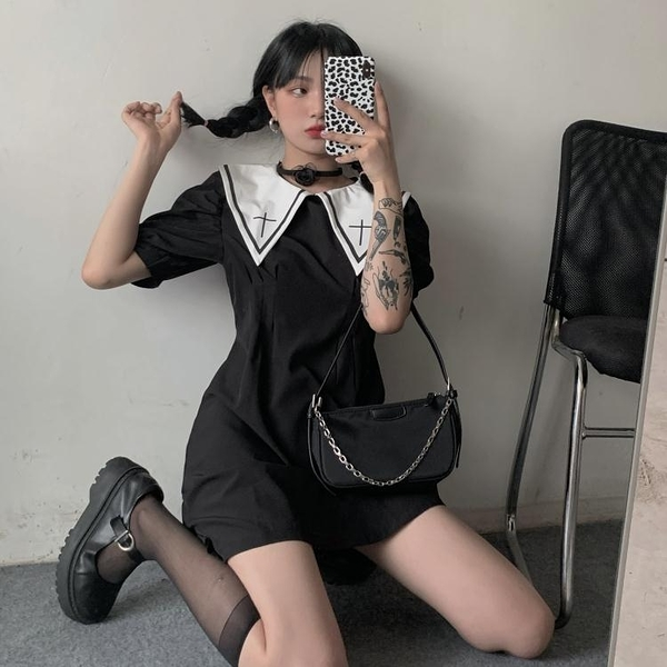 大尺碼女裝大碼女裝夏季新款暗系泡泡袖連衣裙胖MM設計感收腰娃娃領a字短裙