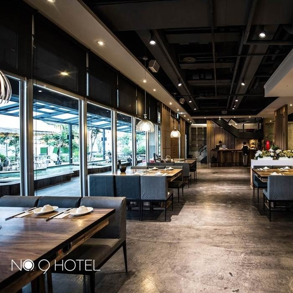 【宜蘭】礁溪9號溫泉旅店2人玩客客房泡湯1.5小時+下午茶+溫泉魚泡腳