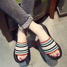 彩色條文一字涼拖鞋厚底坡跟女鞋...3色...