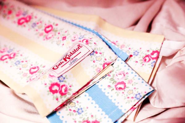 *禎的家* 英國名牌Cath Kidston ~ 全新 條紋玫瑰花款 長巾 茶巾 tea towels (2入) New