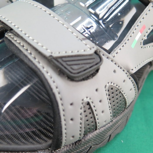 【iSport愛運動】LOTTO 戶外涼鞋 LT9AMS0228 灰