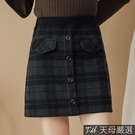 【天母嚴選】排扣造型A字格紋短褲裙M-L