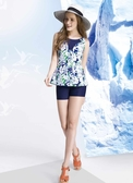 【M6413 】梅林泳裝↘特賣~藍色調印白花朵假二件式連身四角泳衣(有大尺碼)  贈泳帽