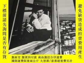 二手書博民逛書店2手英文罕見Photography of John Gutman