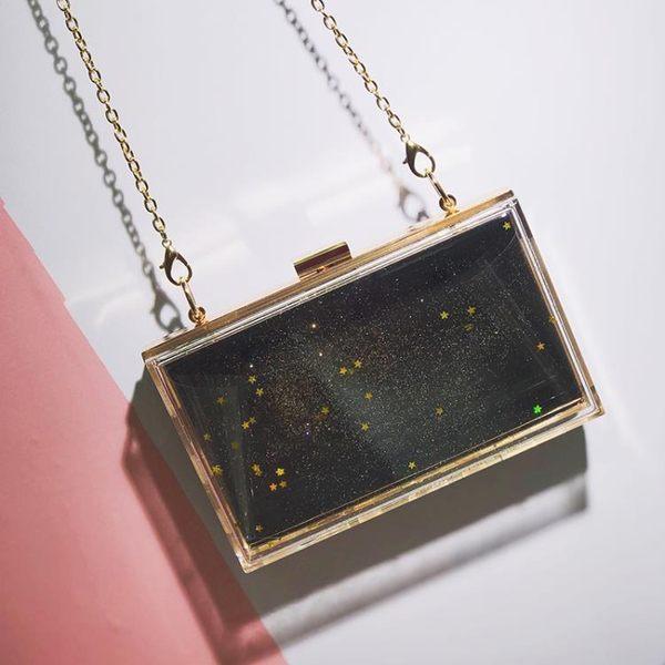 小方包 新款夏天小包包迷你單肩斜跨女包透明鐳射銀色星星包亞克力小方包 唯伊時尚