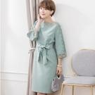 日韓Lady優雅鏤空花蕾絲一字領七分寬袖宴會小洋裝[88221-S]美之札