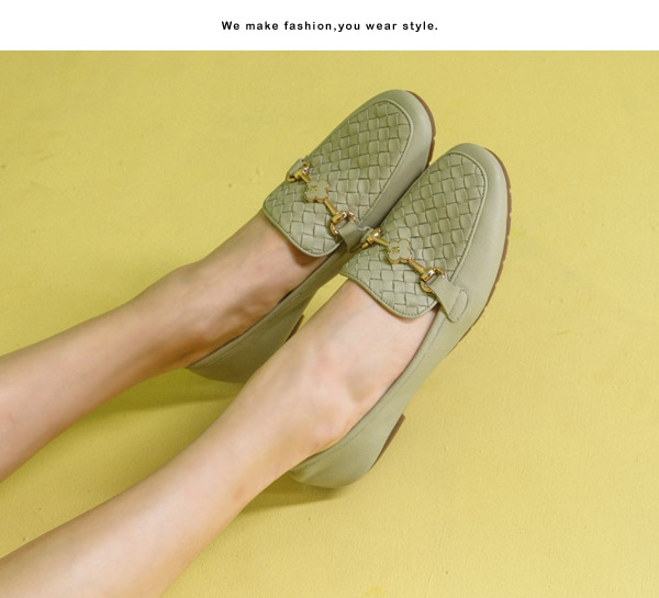 TAS金屬一字小花飾釦牛皮平底鞋-薄荷綠