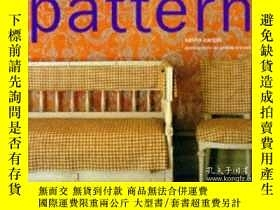 二手書博民逛書店Decorating罕見with Pattern : Creat