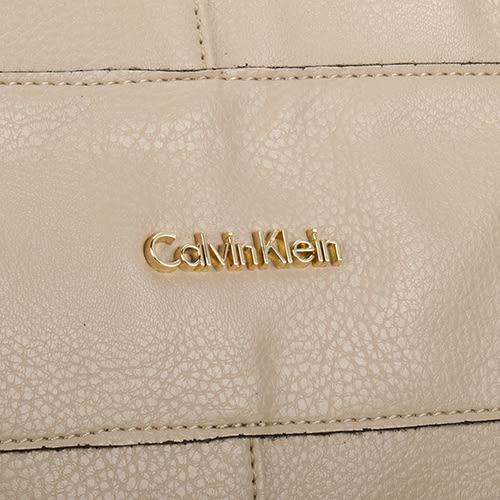 CalvinKlein 時尚荔枝紋皮革肩背/側背二用大旅行包(杏色)103554-1