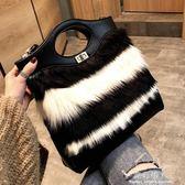 手提包 INS包包女CHIC百搭新款潮韓版斜背單肩手提毛毛包時尚托特包 完美情人