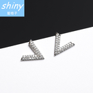 【DJA7517】shiny藍格子-簡約半三角形V字個性鑲鋯石鑽耳環