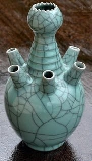 [協貿國際]  青瓷大號六管瓶鎮宅風水祭祀瓶 (1入)