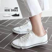 Here Shoes 休閒鞋 學生百搭透氣綁帶平底小白鞋低筒皮面帆布鞋─KTH6880