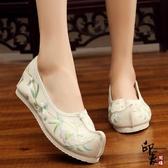 中國風翹頭宮鞋古風搭配漢服鞋繡花布鞋平底女單鞋 超值價
