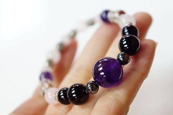黑玉髓&紫水晶&茶水晶&粉晶石&鋯石&赤鐵礦&防古銀配件,生肖羊的守護者。N95