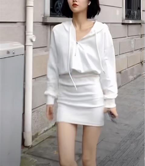 huyoyo 白無禁忌的天使寶貝小巫師連體裙 白色連帽連帽T恤洋裝  【端午節特惠】