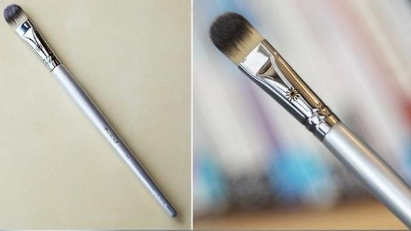【愛來客】韓國PICCASSO授權經銷商 PICCASS Proof silver 06 銀桿 快速遮瑕刷 專業化妝刷