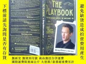 二手書博民逛書店The罕見Playbook:Suit Up. Score Chi