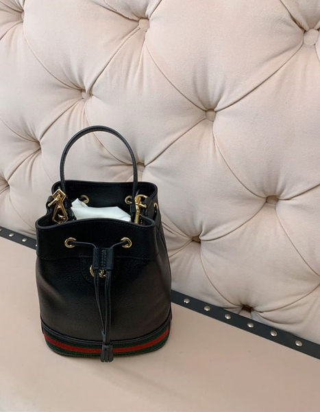 ■專櫃77折■ Gucci 全新真品 Ophidia 紅綠織帶小牛皮水桶包 黑色