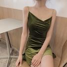 吊帶裙2020春季新款復古系帶絲絨吊帶連衣裙收腰裙子V領性感A字短裙女裝 非凡小鋪