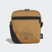 ADIDAS 側背包 BB ORGANIZER 土黃 黑LOGO 小包 隨身包 (布魯克林) GE1220