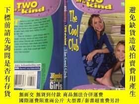 二手書博民逛書店Two罕見of a Kind:The Cool Club 兩種類型:酷俱樂部Y200392