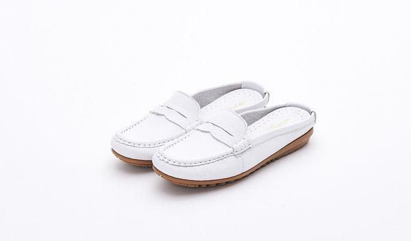 MICHELLE PARK 輕時尚舒適彈力牛皮馬克縫休閒懶人鞋平底涼拖鞋-白