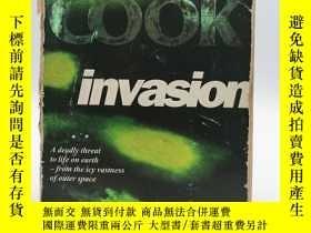 二手書博民逛書店Invasion罕見(A Medical Thriller) 英
