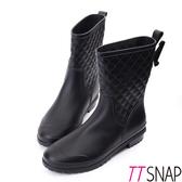 雨靴-TTSNAP俏甜顯瘦小香菱格紋中筒防水靴 黑