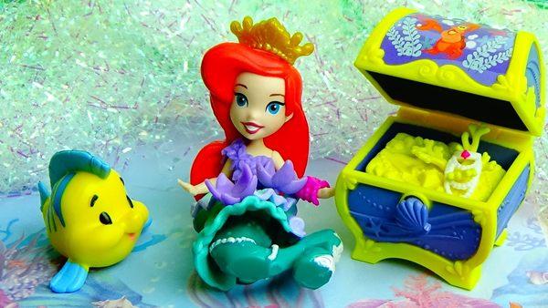 日本進口 迪士尼 小美人魚造型公仔娃娃/芭比娃娃 寶箱款 玩具組 該該貝比日本精品 ☆