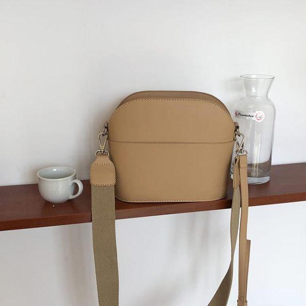 包包女新款潮復古拉鏈貝殼包韓版森系小包斜挎休閒款女單肩包