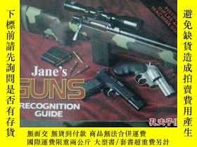 二手書博民逛書店英文版罕見janes guns recognition guid