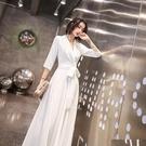 尾牙禮服 白色晚禮服女長款新款高貴優雅氣質顯瘦名媛宴會主持人連衣裙-快速出貨