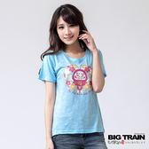 BIG TRAIN 心花開福氣達磨圓領T-女-水藍