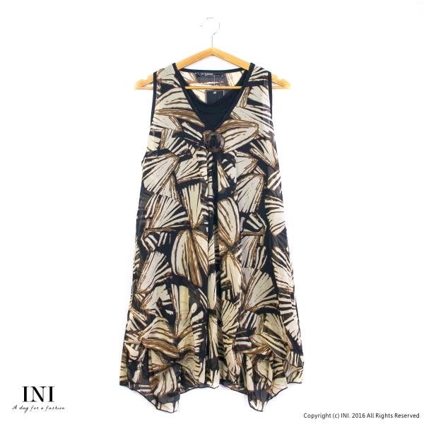 【INI】層次飄逸、雪紡設計長版削肩上衣.土黃色