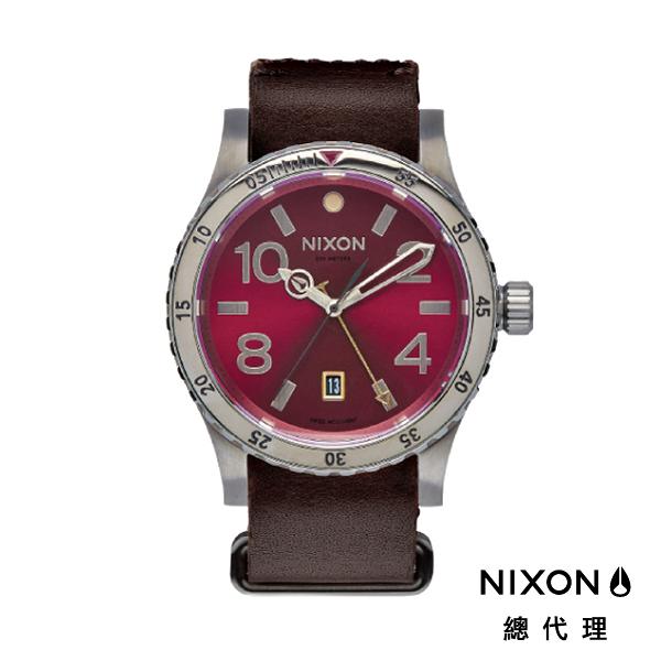 【酷伯史東】NIXON DIPLOMAT 正裝錶 高階款 藍寶石鏡面 酒紅 潮人裝備 潮人態度 禮物首選