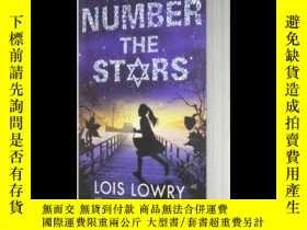 二手書博民逛書店數星星罕見英文原版 Number the Stars 紐伯瑞兒童