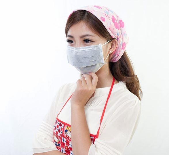 Qmishop 5入 成人四層不織布/活性碳口罩/防臭/保護喉嚨口罩【J228】