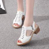 涼鞋女夏季新款花樣式修面皮方跟鞋露趾橡膠純色空膠黏鞋帶拉錬鞋  卡布奇诺