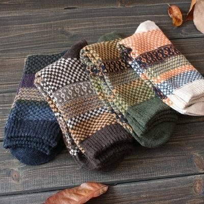 長襪禮盒(4雙裝)-冬季舒適保暖羊毛民族風男士襪子套組4色72s9【時尚巴黎】