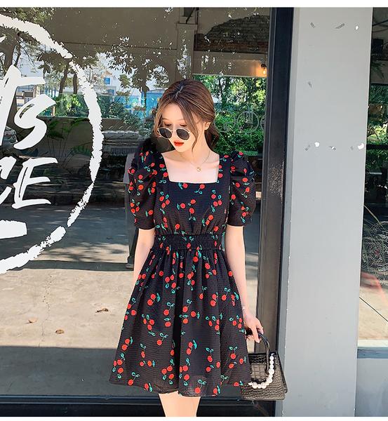 洋裝 方領櫻桃印花公主連身裙-媚儷香檳-【D1940】