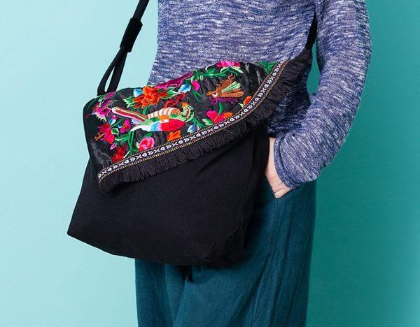 熱銷歐美 民族風包包 手工刺繡包 帆布材質 男女 電腦包 手提肩背包 旅行 斜背包