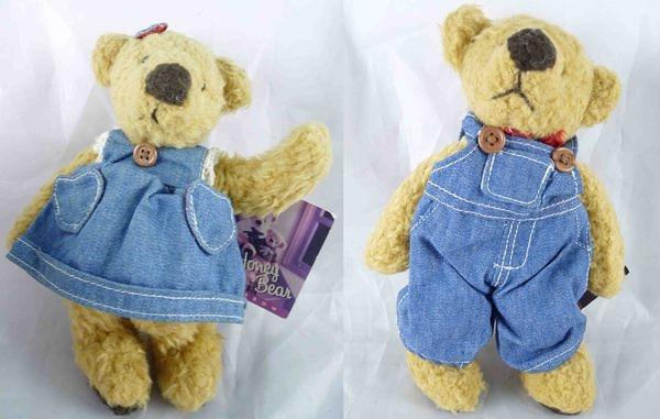 【震撼精品百貨】日本泰迪熊~玩偶『牛仔,穿裙子/領巾』(共2款)
