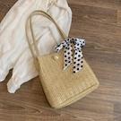 上新編織大容量水桶包包女新款潮韓版百搭絲巾草編包時尚側背 智慧 618狂歡