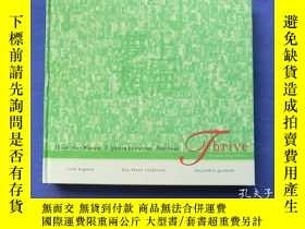 二手書博民逛書店Shanghai.China.Thirty-four罕見Women.Eighteen Countries.One